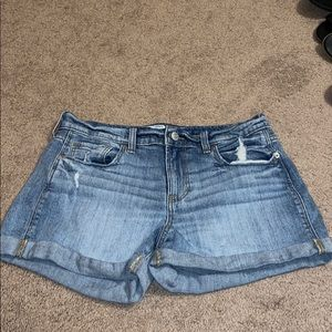 Old Navy Light Jean shorts. Size 6.